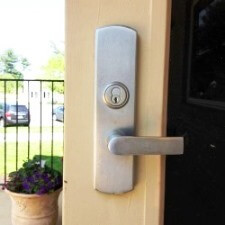 Silver Spring Storefront Door Lock Rekey