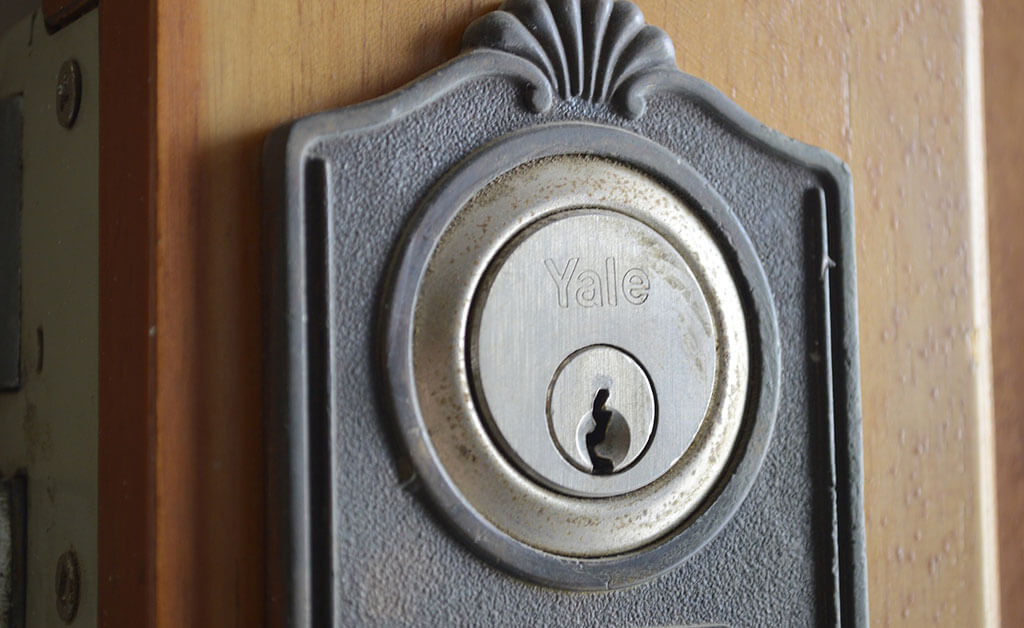 Everything You Need to Know About Deadbolts Before You Buy One